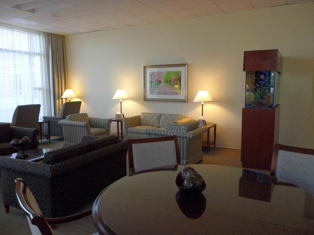 MD Anderson Rotary House hotel quiet lounge